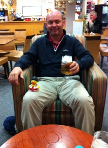 Enjoying a few cool ones after a tough time on the links!